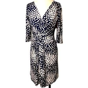 Diane Von Furstenberg Fake Wrap V Neck Dress
